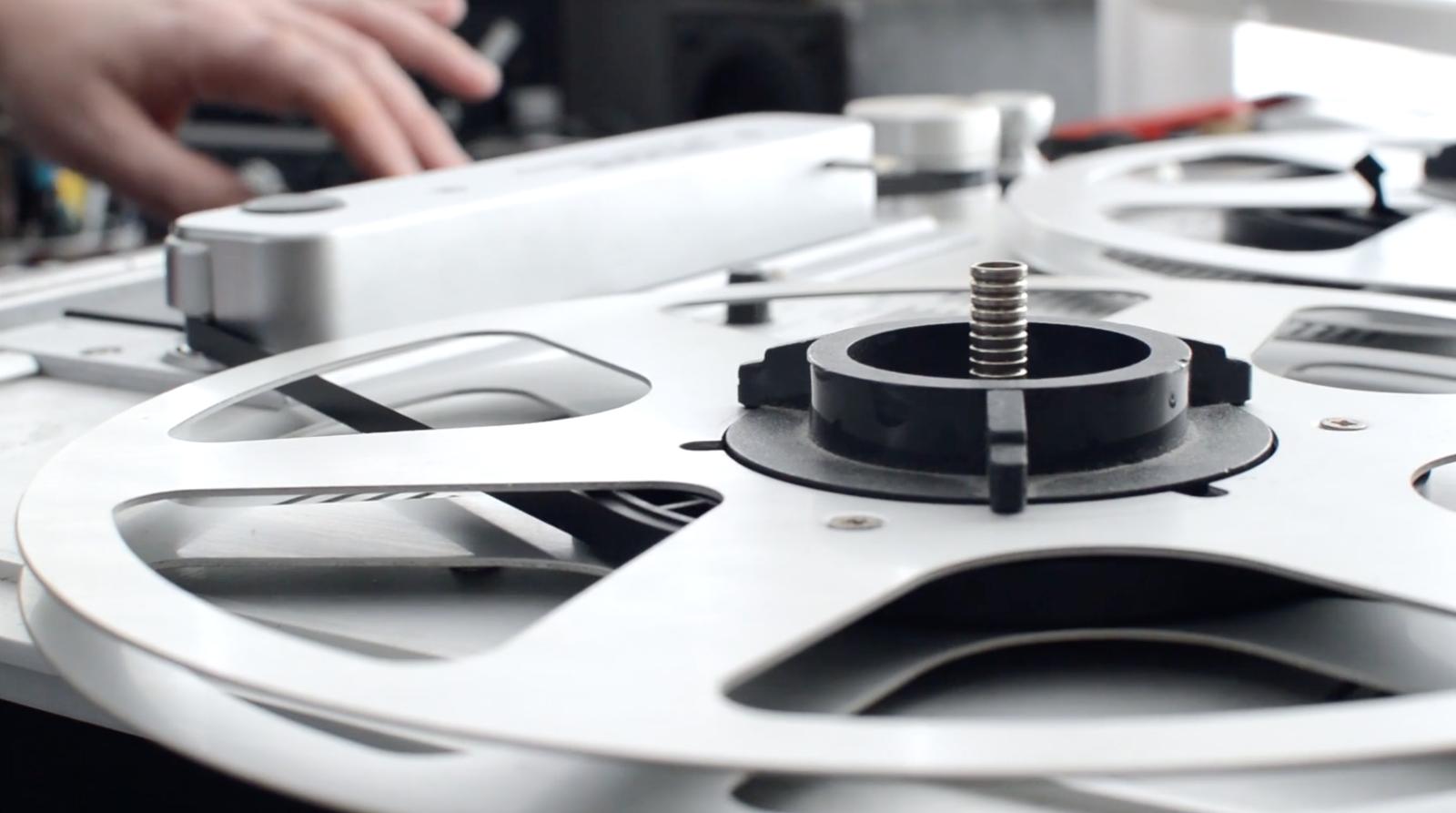 Hearing Hidden Worlds – An Interview with a Musique Concrete Artist