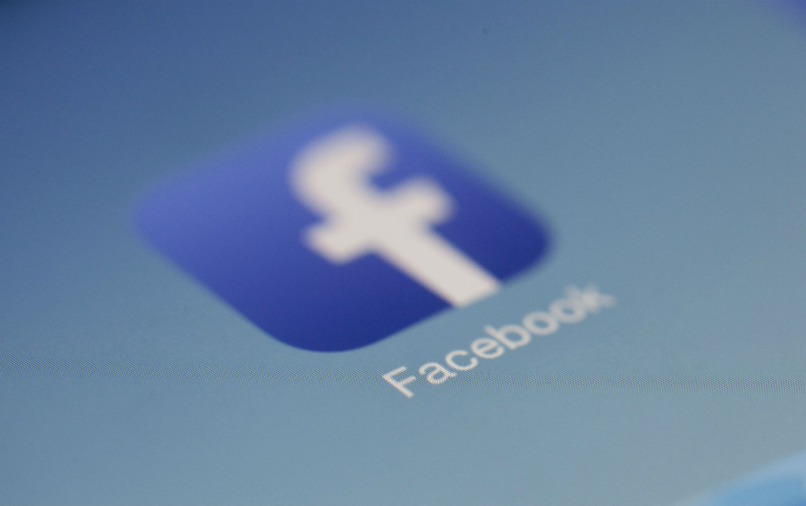 Facebook Moderators: Can they do more to help vulnerable teens?