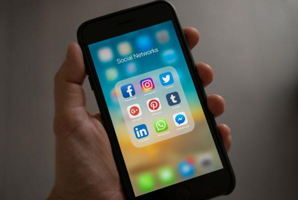 Dark Social - Hook Research